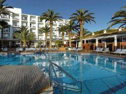 los-cinco-mejores-hoteles-al-pie-del-mar-en-ibiza