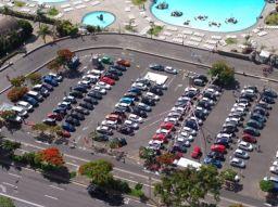 estacionamiento-en-el-aeropuerto-de-tenerife-5-opciones-de-parking-seguros