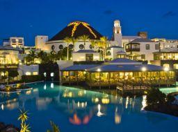 los-5-mejores-hoteles-en-lanzarote-cerca-de-la-playa