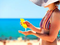 5-accesorios-que-no-te-pueden-faltar-en-el-verano