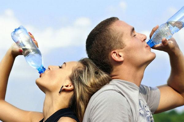 Bebe mucha agua:
